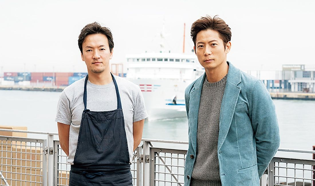 左が吉武広樹シェフ。日本とフランスで修業を重ねた。