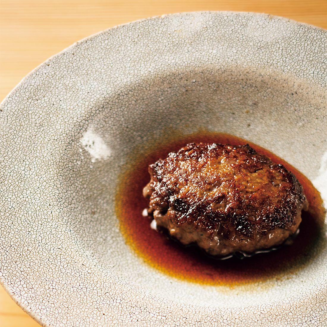 幻のブランド牛といわれる岡山県産蔓草牛を使用。