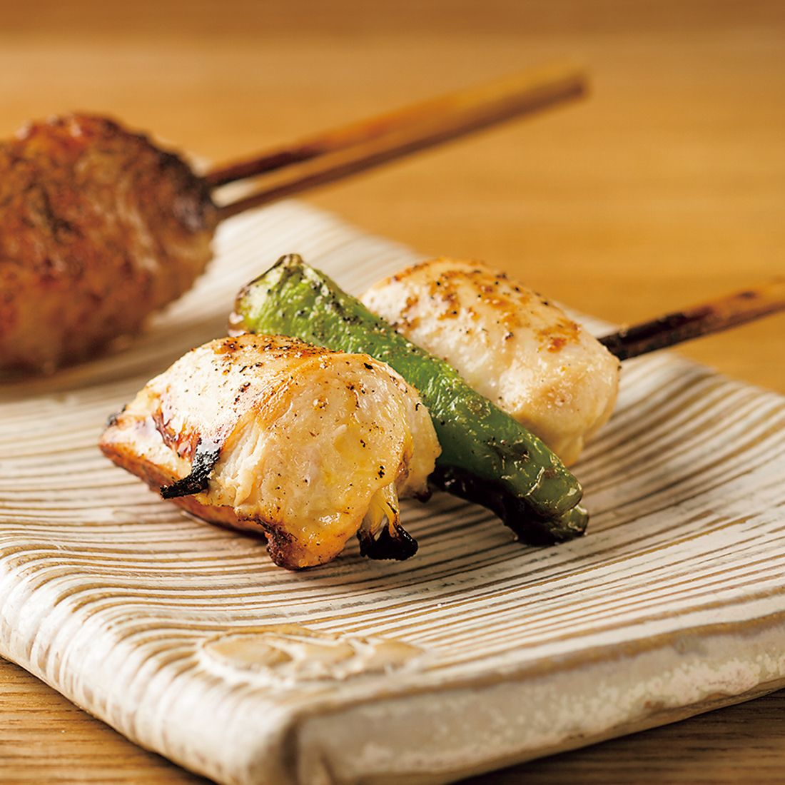 焼き鳥は最初におまかせ5本(¥1,500)をオーダーし、追加で注文するシステム。