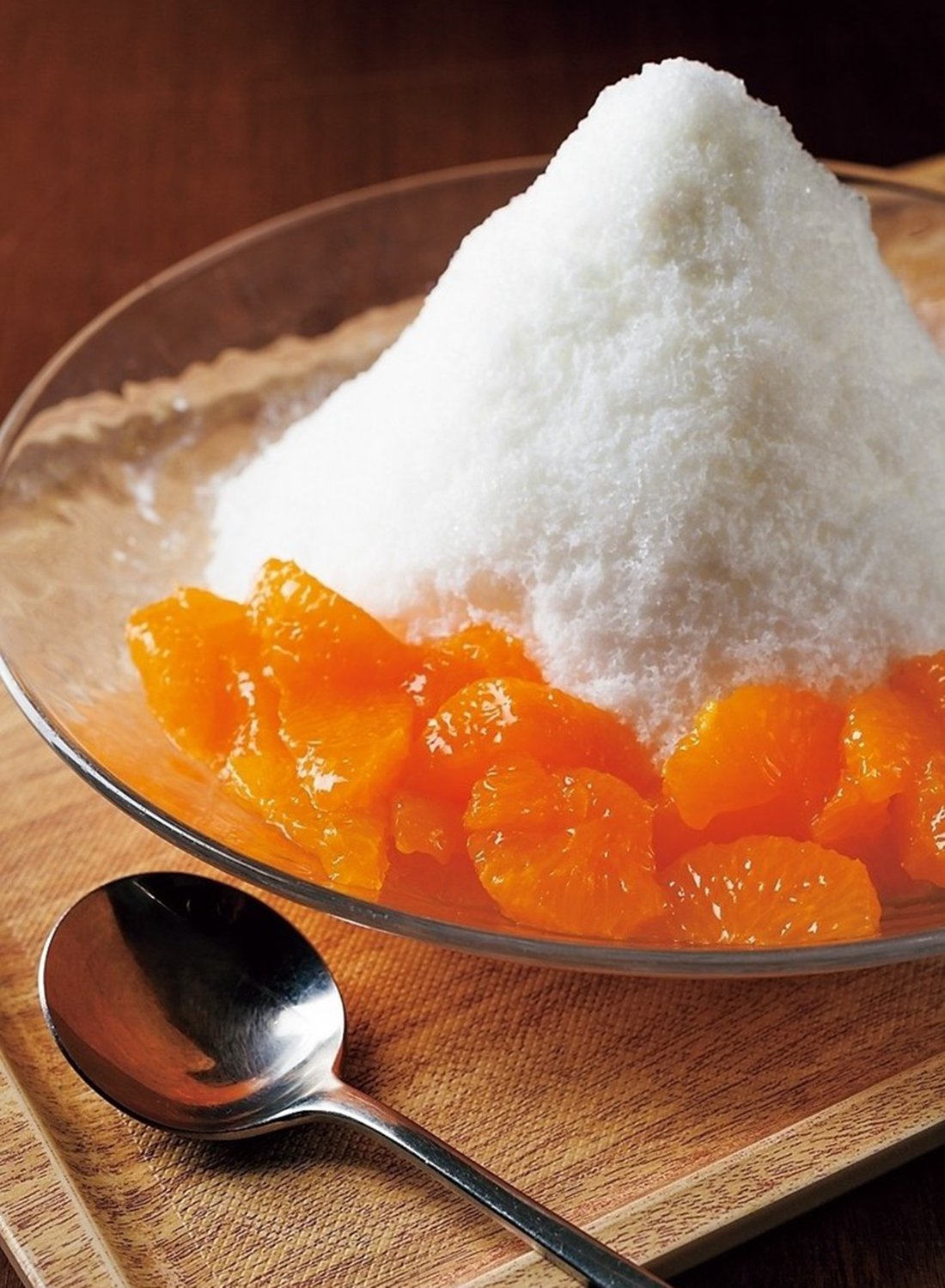 デザートは旬の果物を使ったかき氷。