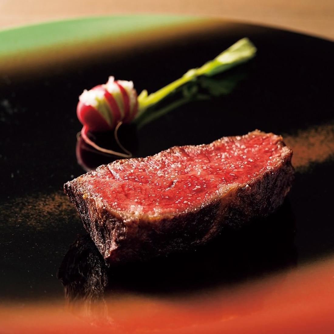 天然記念物・見島牛のステーキ。