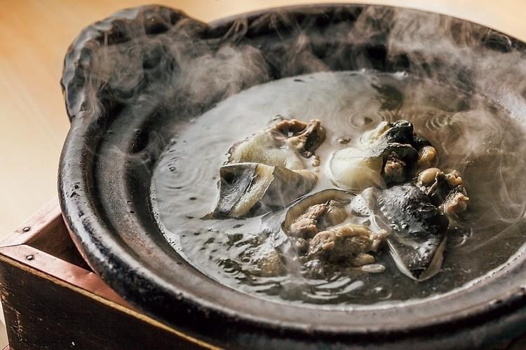 すっぽんの丸鍋。