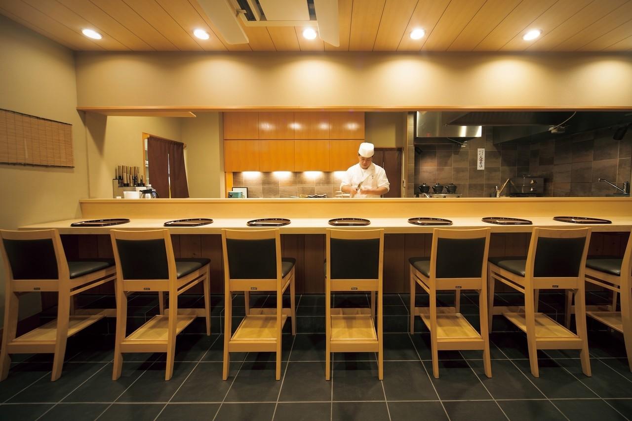 『京味』で働くことを熱望して、 奈良から上京。
