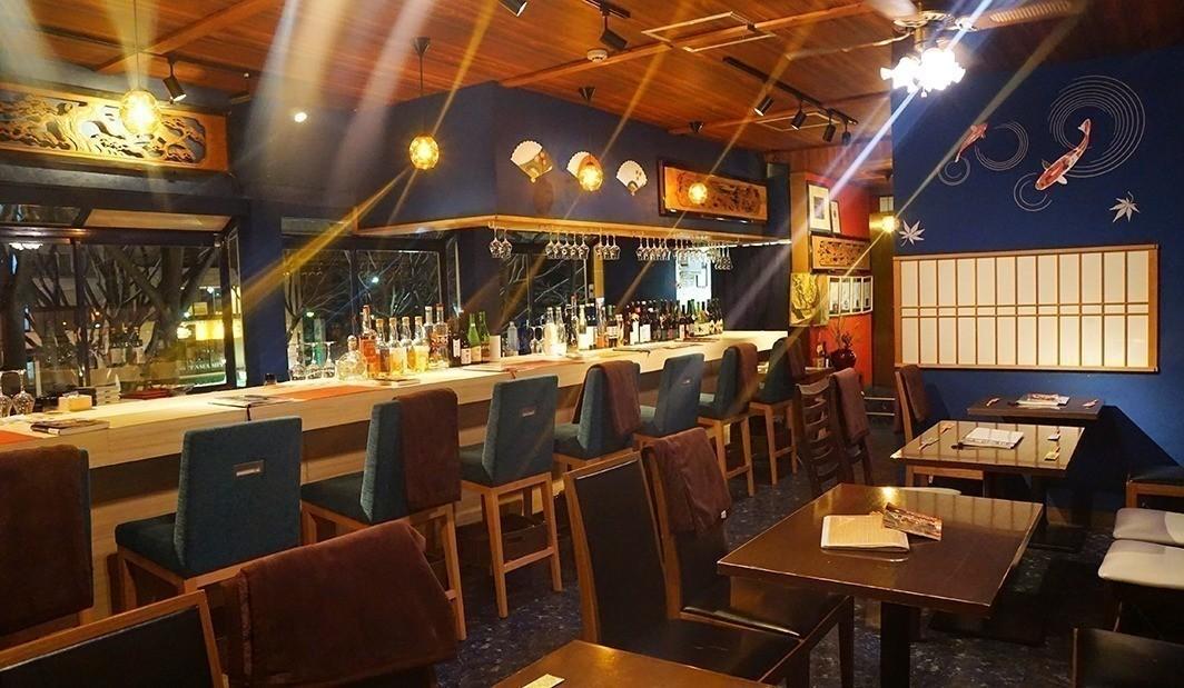 日本酒 bar 旅籠