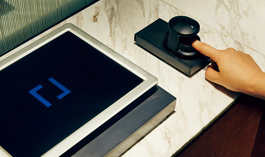 指紋認証や人感センサー