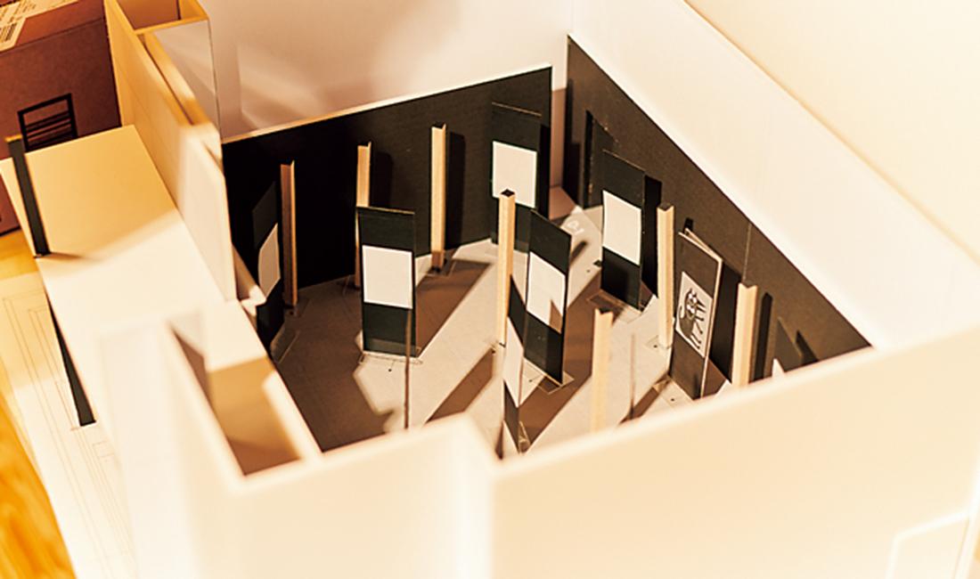展示場を模型で再現