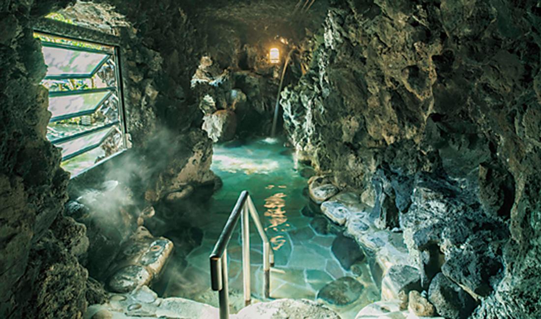 天狗の湯の洞窟風呂
