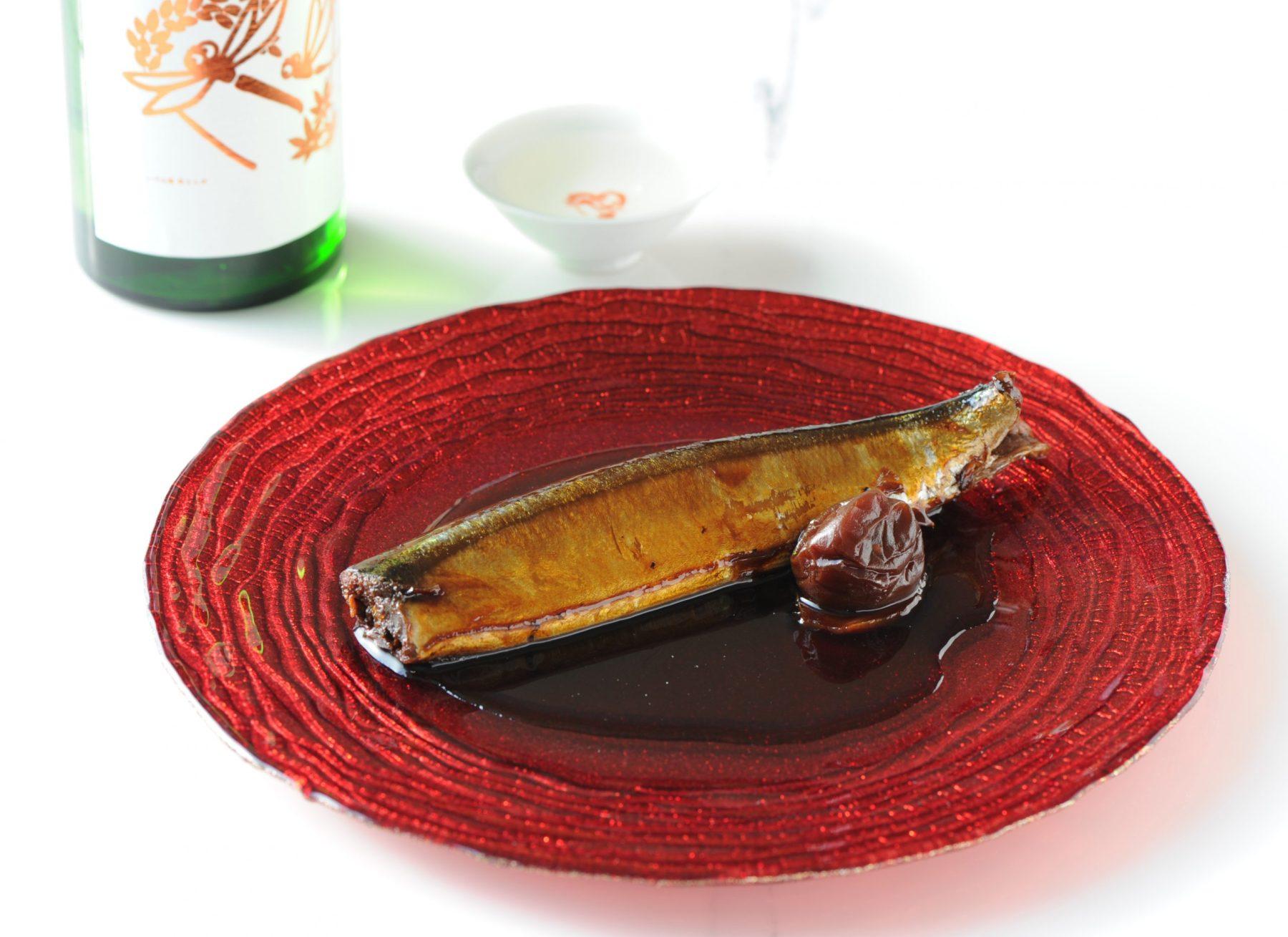 蔵元佳肴の「さんまの黄金煮」