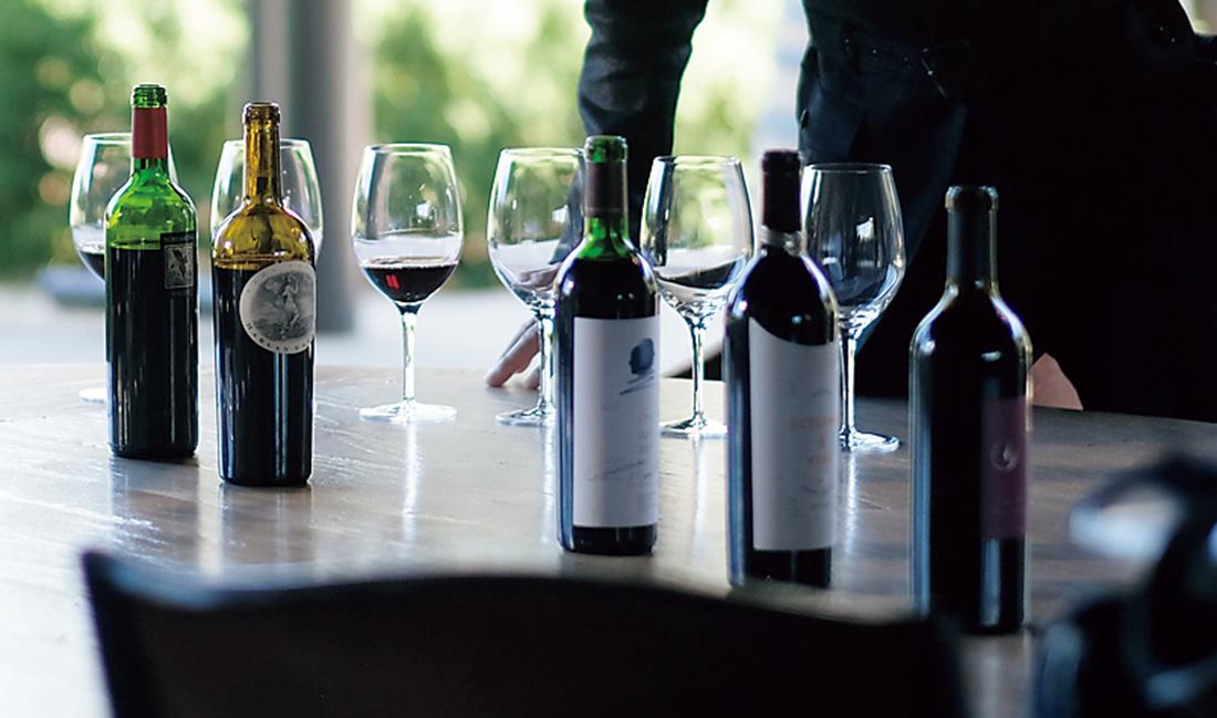 自身のワインを比較試飲