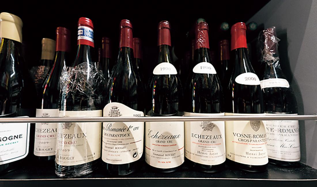 ブルゴーニュのワインがずらっと並ぶ