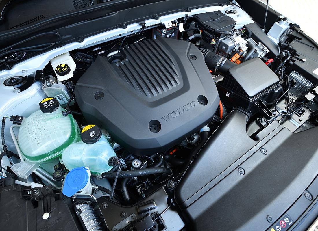 XC40リチャージプラグインハイブリッド T5